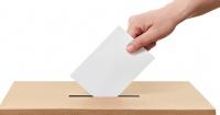Fue a votar, se confundió de sobre y metió en la urna 200 euros