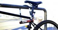 Ahora nadie querrá robarte la bicicleta: el candado que hace vomitar a los ladrones