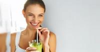 Estas bebidas milagrosas para bajar de peso son tan simples que no dudarás en probarlas