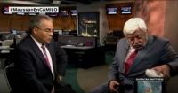 """¡Insólito! Experto muestra """"extraterrestre"""" en plena entrevista en vivo"""