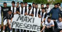 Futbolistas abandonaron partido en repudio por la muerte de compañero