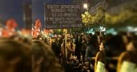 """El """"detalle"""" del funado hombre del cartel de #NiUnaMenos que todos pasaron por alto"""