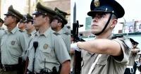 En la previa al partido, policía peruana desafía a Carabineros de Chile a curiosa prueba