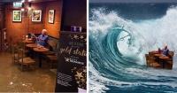 No quiso abandonar un local de café inundado y así se rieron de él en Internet