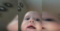 """Bebé le roba el celular a su mamá y graba su """"hollywoodense"""" escape"""