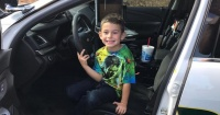 Este niño de 5 años llamó al 911 y su madre nunca imaginó la sorpresa que le esperaba