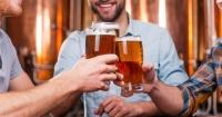 Estudio asegura que beber una cerveza por día le hace bien al corazón