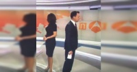 El extraño lapsus que protagonizó este conductor de noticias