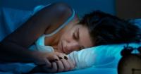"""La sorprendente técnica """"4-7-8″ para quedarte dormido en 1 minuto"""