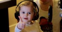 Tiene solo cuatro años y te derretirá el corazón cuando la escuches cantar