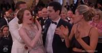 """El confuso """"desaire"""" que le hicieron a Emma Stone en ceremonia de los Globos de Oro"""