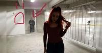 Pidió ayuda en Facebook para borrar al intruso que aparece en su foto y fue víctima de masivo trolleo