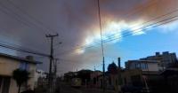 El drama del bombero que siguió combatiendo el fuego mientras su propia casa se quemaba