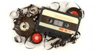 ¿Por qué los artistas están editando sus discos en viejos casetes?