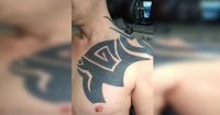 Pidió que le borraran su viejo tatuaje tribal y la transformación volvió locos a todos en Internet