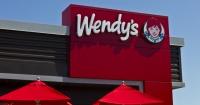 """Quiso hacerse el """"inteligente"""" al desafiar a Wendy's pero terminó brutalmente troleado"""