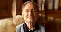 """""""Nunca había visto algo así"""": sufre de Alzheimer y fue abandonado por su hijo en otro país"""