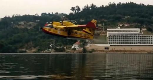 avion-agua-860