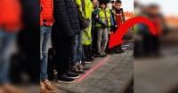 En Holanda están instalando semáforos en el suelo por culpa de tu teléfono móvil