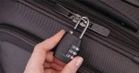 Usar un candado para proteger tu maleta en los viajes no es nada seguro y esta es la prueba