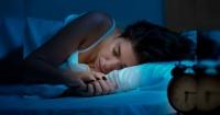 """La nueva y peligrosa """"dieta de la Bella durmiente"""" que promete perder peso milagrosamente"""