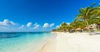 Ofrecen 10 mil dólares al mes por vivir en Cancún solo cumpliendo este importante requisito