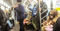 Acosó a una mujer en el metro, nunca se imaginó quién era y lo pagó muy caro