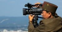 La asquerosa y peligrosa forma en que los norcoreanos ingresan películas ilegalmente a su país