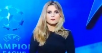 """El """"natural"""" gesto que dejó en evidencia a una presentadora y que es furor en Twitter"""