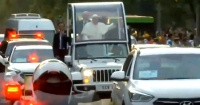"""Venden """"a precio de huevo"""" autos usados en la comitiva del Papa Francisco"""