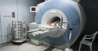 Acompañó a su suegra a hacerse una resonancia magnética al hospital y murió succionado por la máquina