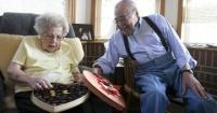 Hace 70 años cada14 de febrerole regala a su amada la misma caja de corazón con chocolates nuevos