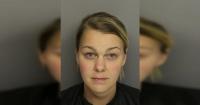 Detienen a profesora que fue encontrada semidesnuda junto a un alumno de 16 años