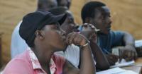 Piñera estudia implementar una visa para controlar la llegada de haitianos