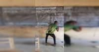 La foto del profesor que enseña Word dibujándolo en la pizarra que abrió un debate en la web