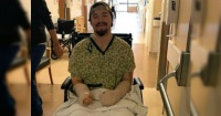 Hombre que fue atacado por su pareja con una espada samurái revela lo que le dijo para salvarse