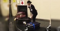 Video muestra la impactante forma en cómo tratan las maletas en un aeropuerto de Japón