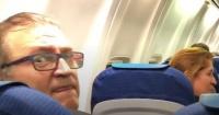 "El épico troleo del youtuber ""El Rubius"" a hombre que intentó fotografiarlo en un avión"