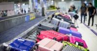 Abuela desató el caos en un aeropuerto por culpa de su peculiar equipaje