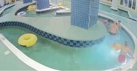 9 minutos bajo el agua: dramático rescate de un niño que fue succionado por tubería en una piscina