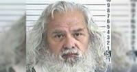Hombre acusado de acosar a su vecina tenía 40 kilos de ropa interior femenina en su casa