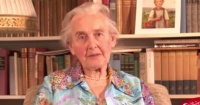"""""""Abuela nazi"""" fue condenada a dos años de cárcel por negar el Holocausto"""