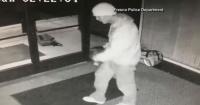 """Delincuente entró a robar y celebró con pasos al estilo Michael Jackson su """"hazaña"""""""