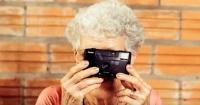 Mujer de 106 años asegura que su secreto de longevidad es vivir sin hombres