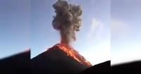 El momento exacto de la erupción del volcán de Fuego en Guatemala
