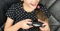 """Niña de 9 años está en rehabilitación por su adicción al videojuego """"Fortnite"""""""