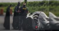 La policía detuvo a Batman en plena carretera y el video ya supera las 135 mil reproducciones