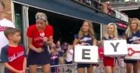 La emocionante sorpresa a un niño de 9 años que conmovió a todo un estadio