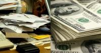 Ordena su escritorio y se entera que desde hace nueve meses es millonario