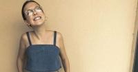 Millie Bobby Brown impacta a todos cantando una canción de Ariana Grande